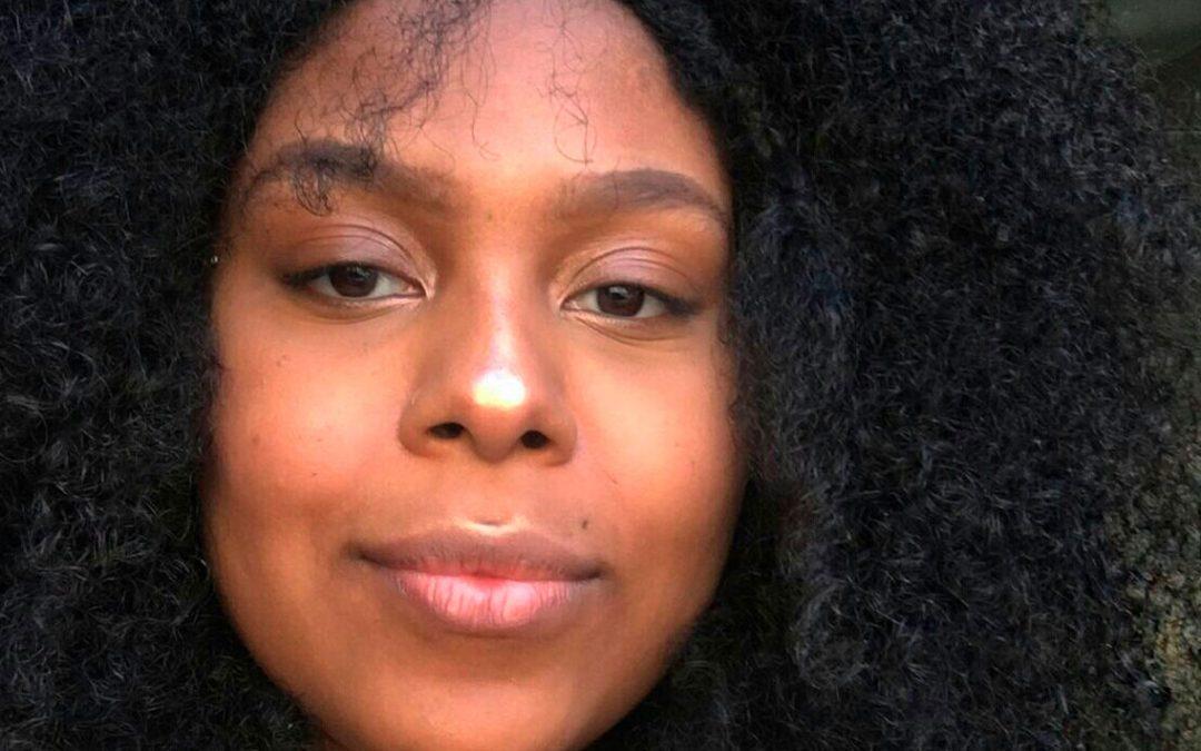 Influenciadora Lele Martins promove representatividade nas Redes